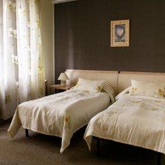 Hotel Chalet 4* Улучшенный номер с 2 отдельными кроватями фото 3