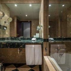 Отель Holiday Inn Porto Gaia 4* Стандартный номер с различными типами кроватей фото 10