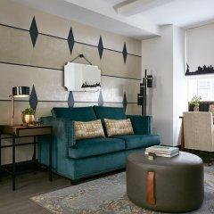 The Renwick Hotel New York City, Curio Collection by Hilton 4* Улучшенный люкс с различными типами кроватей фото 6