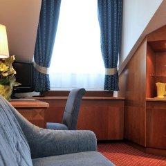 Carlton Hotel Budapest 4* Стандартный номер с различными типами кроватей