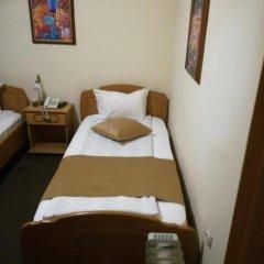 Отель Авион 3* Номер Делюкс с 2 отдельными кроватями фото 4