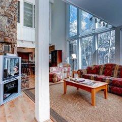 Отель 244 Eastwood Residence комната для гостей фото 2