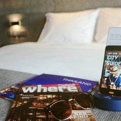 Отель Holiday Inn Bangkok Sukhumvit 4* Номер Делюкс фото 9