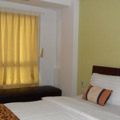 Апартаменты The Nara-ram 3 Suite Boutique Service Apartment Бангкок комната для гостей фото 4