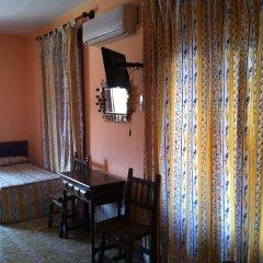 Отель Hostal Paracuellos Стандартный номер с различными типами кроватей