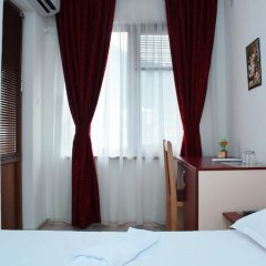 Family Hotel Aleks 2* Стандартный номер фото 10