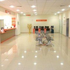 Отель easyHotel Dubai Jebel Ali фитнесс-зал