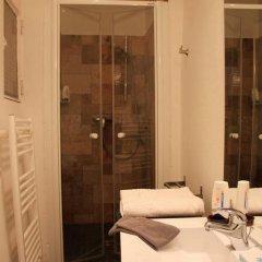 Отель Studio Saint Paul / Saint Vincent Франция, Лион - отзывы, цены и фото номеров - забронировать отель Studio Saint Paul / Saint Vincent онлайн ванная фото 2