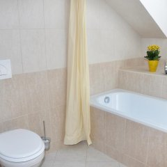 Отель Prater Residence 3* Улучшенные апартаменты с различными типами кроватей фото 9
