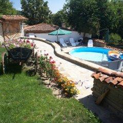 Отель Iv Guest House Болгария, Сливен - отзывы, цены и фото номеров - забронировать отель Iv Guest House онлайн бассейн