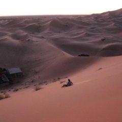 Отель Galaxy Desert Camp Merzouga Марокко, Мерзуга - отзывы, цены и фото номеров - забронировать отель Galaxy Desert Camp Merzouga онлайн бассейн фото 2