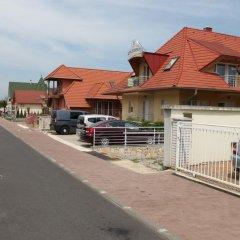 Апартаменты 1000 Home Apartments парковка