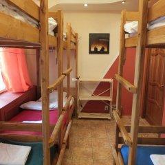 Гостиница Breaking Bed Кровать в общем номере с двухъярусной кроватью фото 2