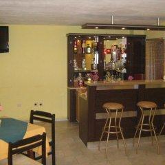 Отель Guest House Slavi Свети Влас гостиничный бар