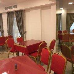 Отель Everest International Hotel ОАЭ, Дубай - 1 отзыв об отеле, цены и фото номеров - забронировать отель Everest International Hotel онлайн питание фото 2