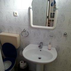 Отель Albaniantrip Rooms and Apartments Албания, Тирана - отзывы, цены и фото номеров - забронировать отель Albaniantrip Rooms and Apartments онлайн ванная