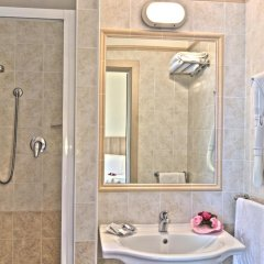 Отель Cormoran Италия, Риччоне - отзывы, цены и фото номеров - забронировать отель Cormoran онлайн ванная