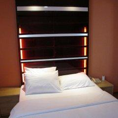 Suriwongse Hotel 3* Номер Делюкс с различными типами кроватей фото 2