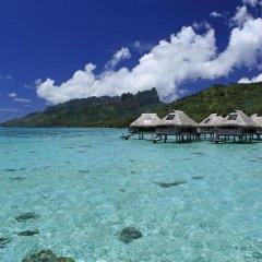 Отель Hilton Moorea Lagoon Resort and Spa 5* Бунгало Премиум с различными типами кроватей фото 6