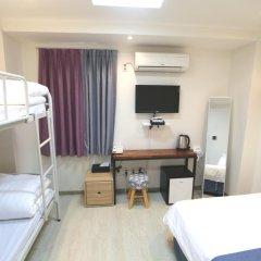 Отель Must Stay 2* Стандартный семейный номер с двуспальной кроватью фото 7