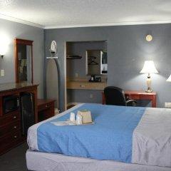 Отель Quarters Inn & Suites 2* Люкс повышенной комфортности с различными типами кроватей