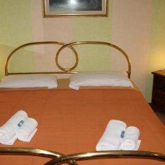 Hotel Arianna 3* Стандартный номер с двуспальной кроватью (общая ванная комната) фото 2