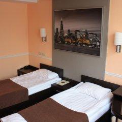 Гостиница Юджин 3* Стандартный номер с 2 отдельными кроватями фото 3