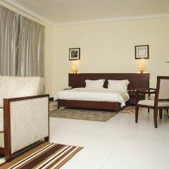 Birdrock Hotel Anomabo сейф в номере