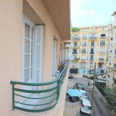 Отель Berlioz Франция, Ницца - отзывы, цены и фото номеров - забронировать отель Berlioz онлайн балкон