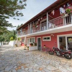 Отель Skevoulis Studios Греция, Корфу - отзывы, цены и фото номеров - забронировать отель Skevoulis Studios онлайн парковка