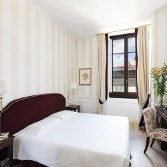 FH55 Hotel Calzaiuoli 4* Стандартный номер с двуспальной кроватью