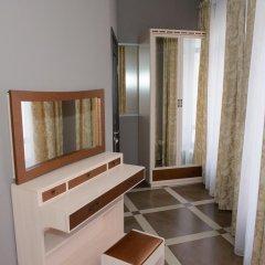 Гостиница Usadba Hotel в Оренбурге 1 отзыв об отеле, цены и фото номеров - забронировать гостиницу Usadba Hotel онлайн Оренбург комната для гостей фото 2