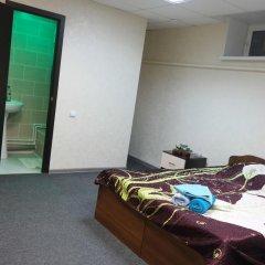 Гостиница Guest House Revolyutsii 28 в Перми 4 отзыва об отеле, цены и фото номеров - забронировать гостиницу Guest House Revolyutsii 28 онлайн Пермь комната для гостей фото 5