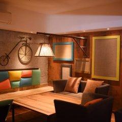 Отель Atithi Inn гостиничный бар