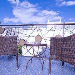 Отель Hostal Casa Alborada Испания, Кониль-де-ла-Фронтера - отзывы, цены и фото номеров - забронировать отель Hostal Casa Alborada онлайн балкон