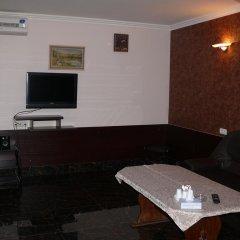 Отель Jasmin Hotel Armenia Yerevan Армения, Ереван - отзывы, цены и фото номеров - забронировать отель Jasmin Hotel Armenia Yerevan онлайн питание фото 2