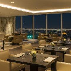 Sheraton Grand Hotel, Dubai 5* Стандартный номер с различными типами кроватей фото 4