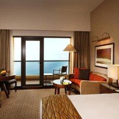 Отель Amwaj Rotana, Jumeirah Beach - Dubai 5* Стандартный номер с различными типами кроватей фото 2