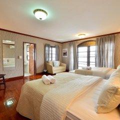 Отель Lost and Found Bed and Breakfast 2* Семейный номер Делюкс с двуспальной кроватью фото 5
