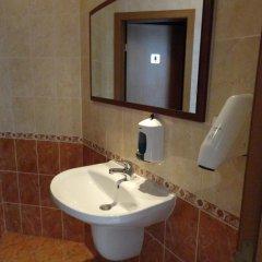 Отель Sunny Flower Hotel Болгария, Солнечный берег - отзывы, цены и фото номеров - забронировать отель Sunny Flower Hotel онлайн ванная
