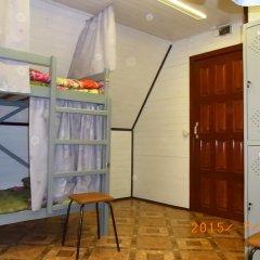 Hostel Favorit Кровать в общем номере с двухъярусной кроватью фото 6