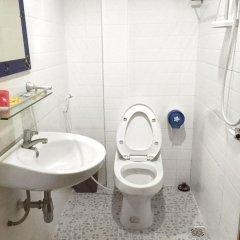Отель Daunkeo Guesthouse ванная фото 2
