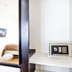 Апартаменты Pratumnak Hill Apartment 1 Bedroom Паттайя сейф в номере
