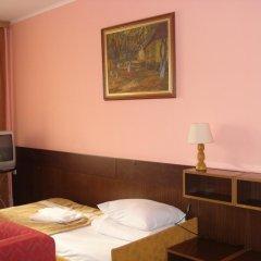 Гостиница Интурист–Закарпатье 3* Кровать в мужском общем номере с двухъярусной кроватью фото 2