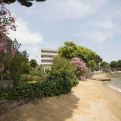 Tatlisu Kirtay Hotel Турция, Эрдек - отзывы, цены и фото номеров - забронировать отель Tatlisu Kirtay Hotel онлайн пляж фото 2