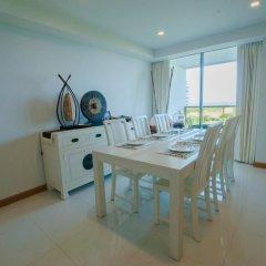 Отель Rocco Huahin Condominium Апартаменты с 2 отдельными кроватями фото 25