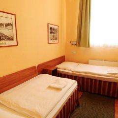 Budapest Csaszar Hotel 3* Стандартный номер с двуспальной кроватью фото 9