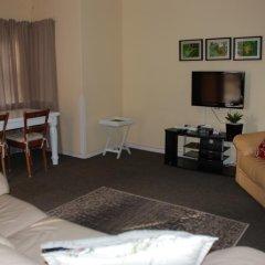 Отель Courtyard Lodging комната для гостей фото 5