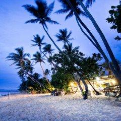 Отель Robinson Crusoe Island Фиджи, Вити-Леву - отзывы, цены и фото номеров - забронировать отель Robinson Crusoe Island онлайн пляж фото 2