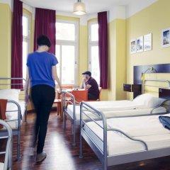 The Circus Hostel Кровать в общем номере с двухъярусной кроватью фото 7